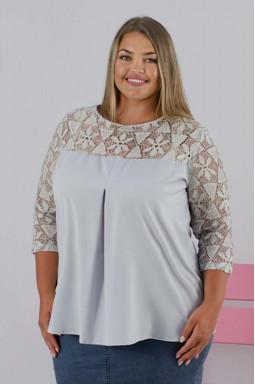 Нарядная блуза  с гипюром батал