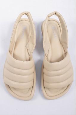 Нежные кожаные босоножки больших размеров