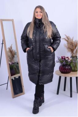Зимове пальто холлофайбер з нашивками батал