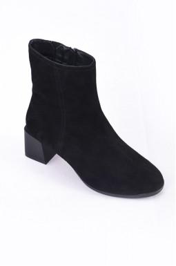 Замшевые ботинки на каблуках больших размеров