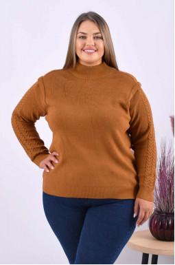 Теплий светр з декоративою в'язкою батал