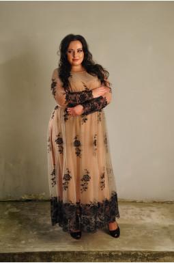 Платье нарядное с кружевом батал