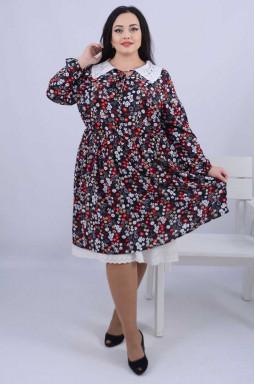 Ніжна сукня з мереживом батал