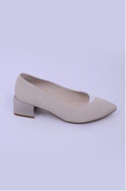 Елегантні замшеві туфлі на підборах великих розмірів
