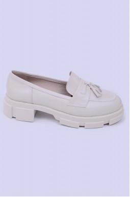 Стильні шкіряні туфлі великих розмірів