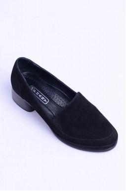 Замшеві туфлі на підборах великих розмірів