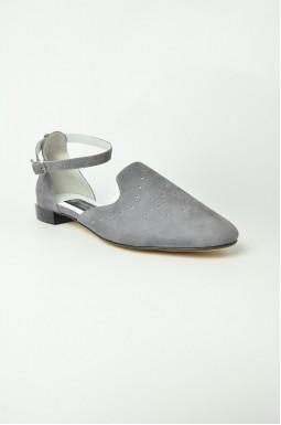 Туфлі з перфорацією великих розмірів