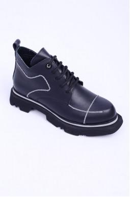Чорні демісезонні черевики великих розмірів