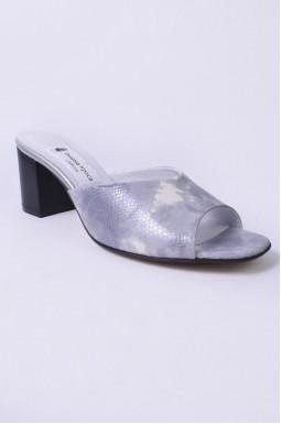 Шлепанцы элегантные на каблуках больших размеров