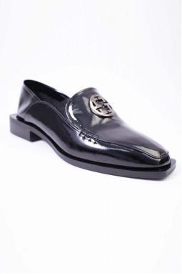 Туфли лаковые на каблуке больших размеров