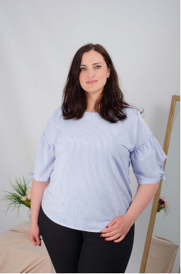 Блуза короткая в полоску батал