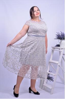 Платье нежное нарядное супер батал
