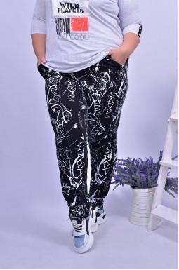 Стильні брюки з принтом батал