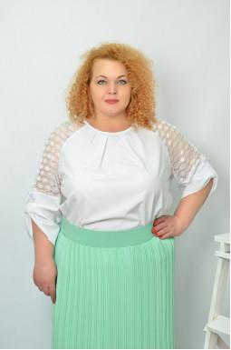 Красива святкова блуза