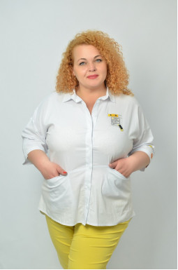 Стильна сорочка з кишенями  батал