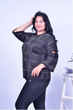 Блуза з прикрасою в комплекті