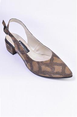 Туфлі з відкритою п'ятою великих розмірів